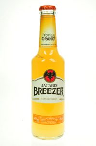 Bacardi brezeer orange     275 ml